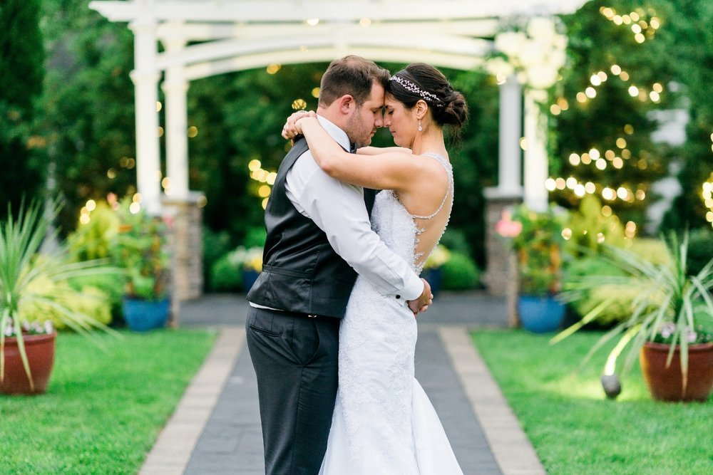 bride-groom-portraits-warrington-country-club