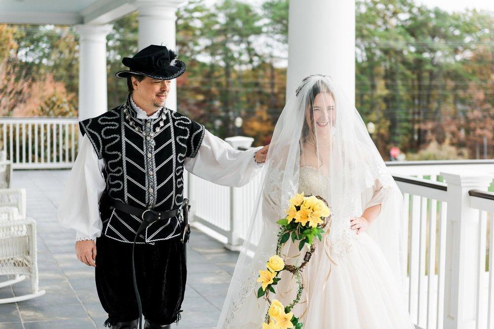 first-look-renaissance-wedding