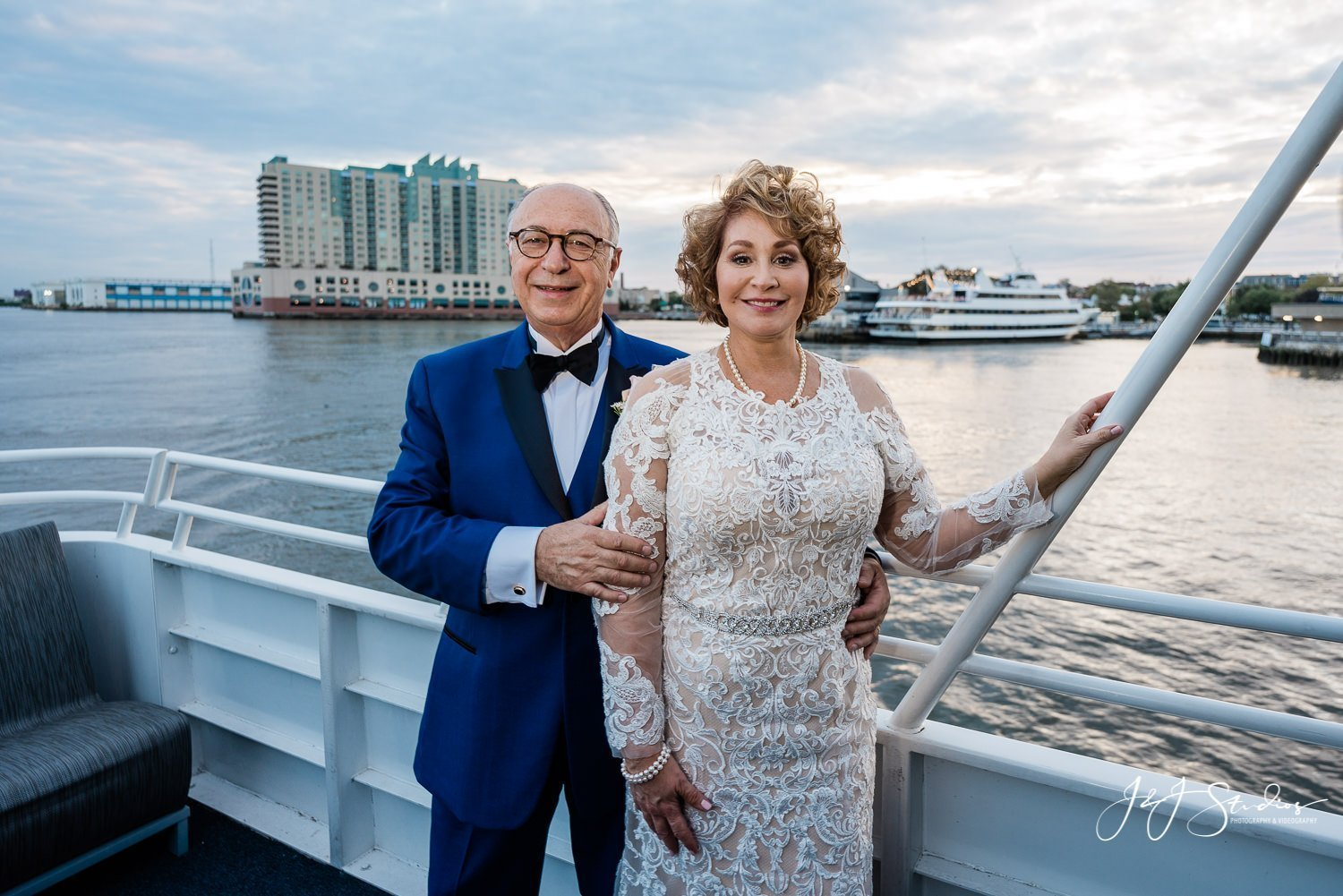 newlyweds on elite private yacht philly