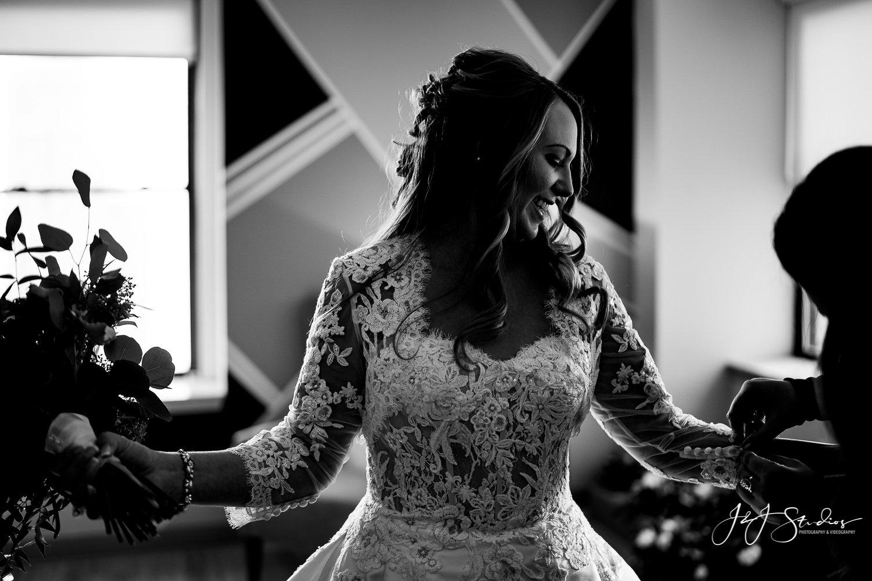 bride final touches