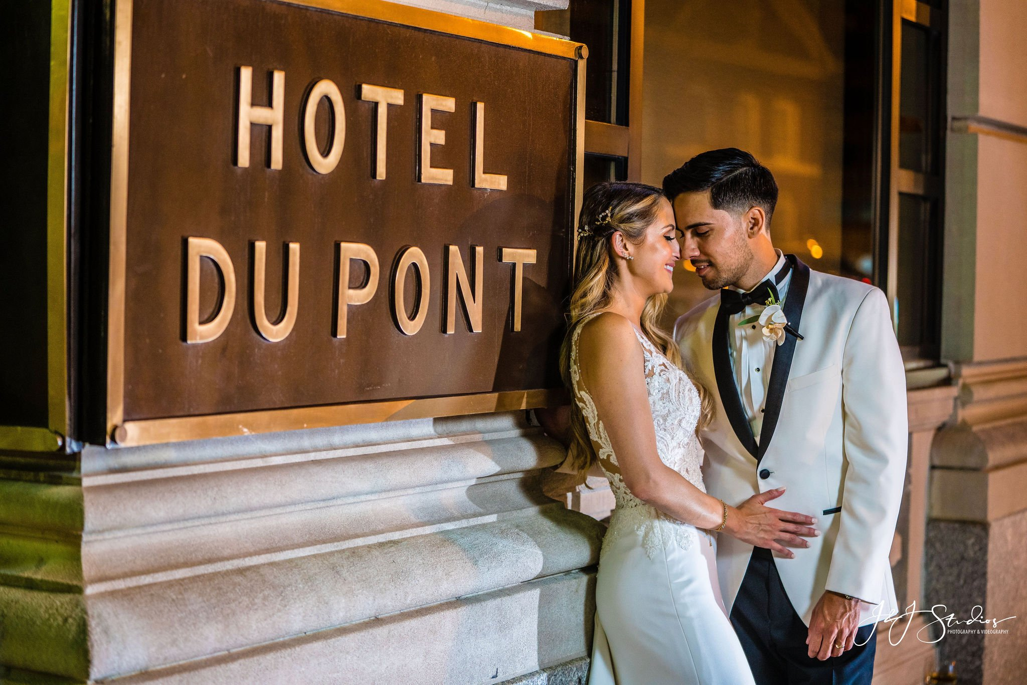bride and groom hotel dupont