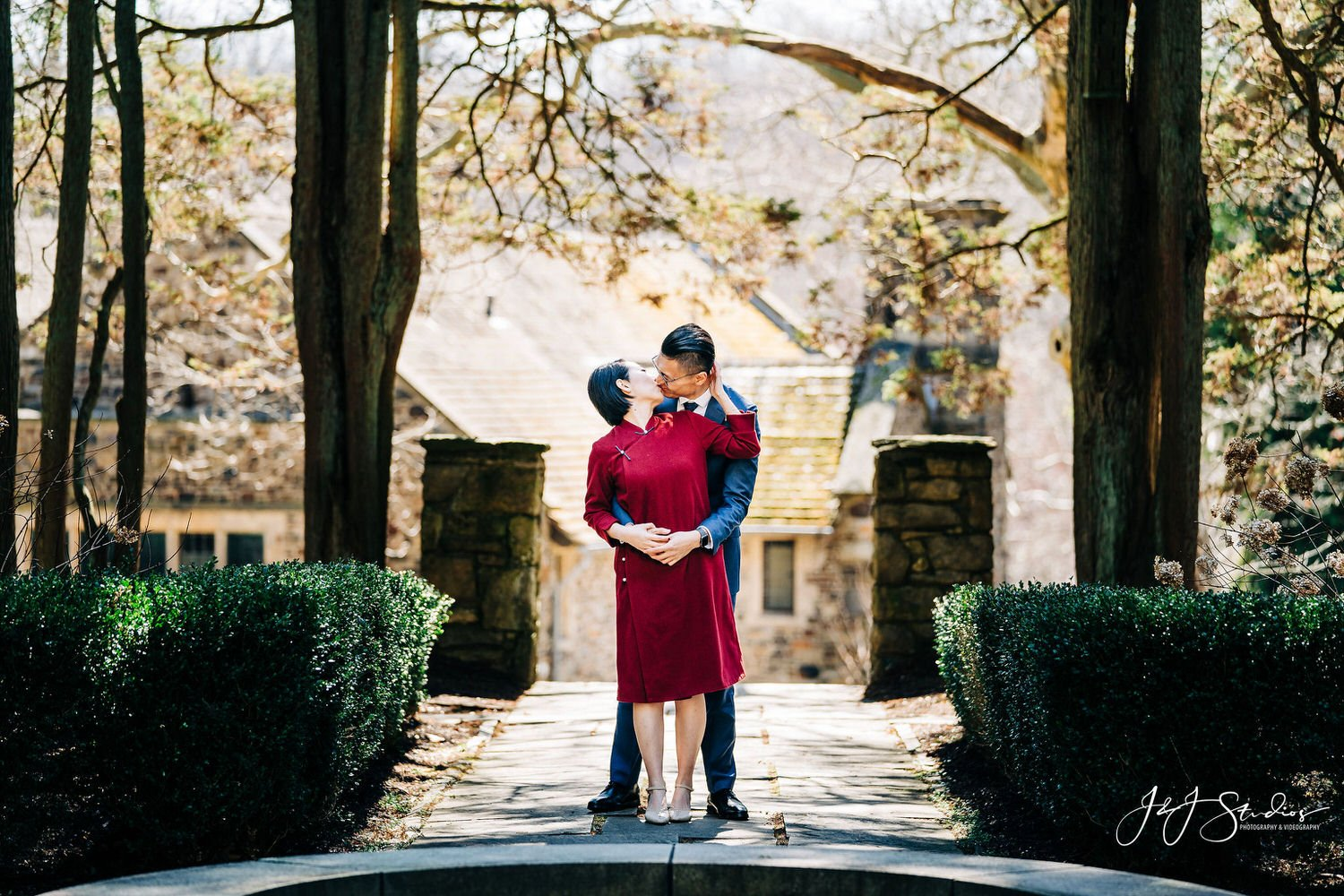 hunting hill mansion engagement