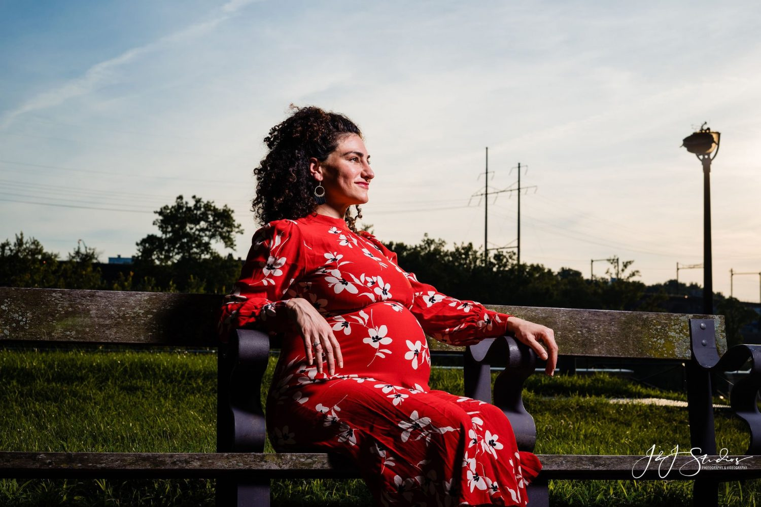 red dress floral pregnant maternity Millbourne PA