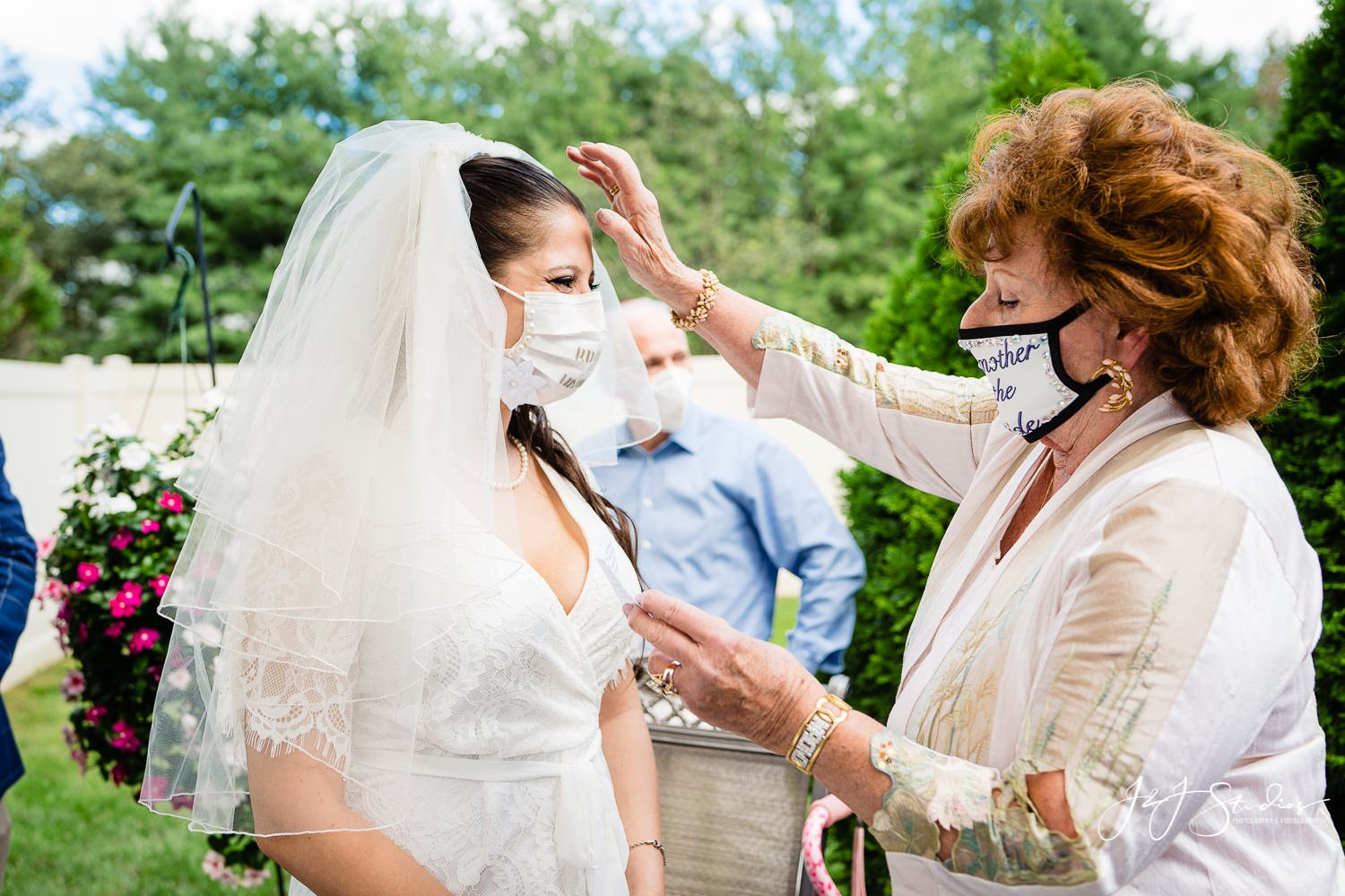 blessing by mother of the bride