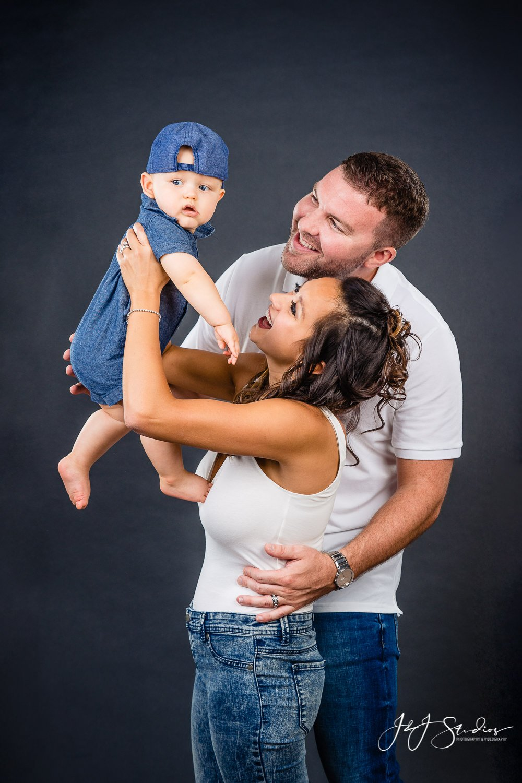 baby eight month family photos Baby Milestone Photoshoot