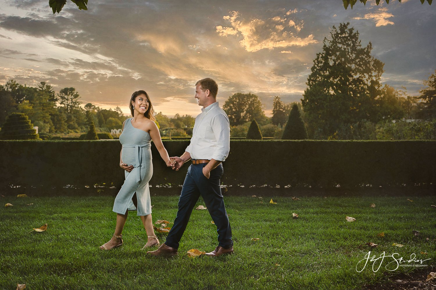 longwood gardens maternity shoot
