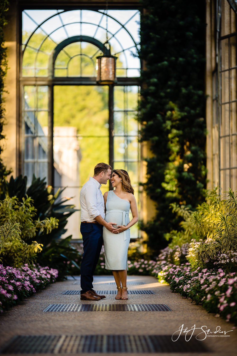 longwood gardens conservatory maternity photos