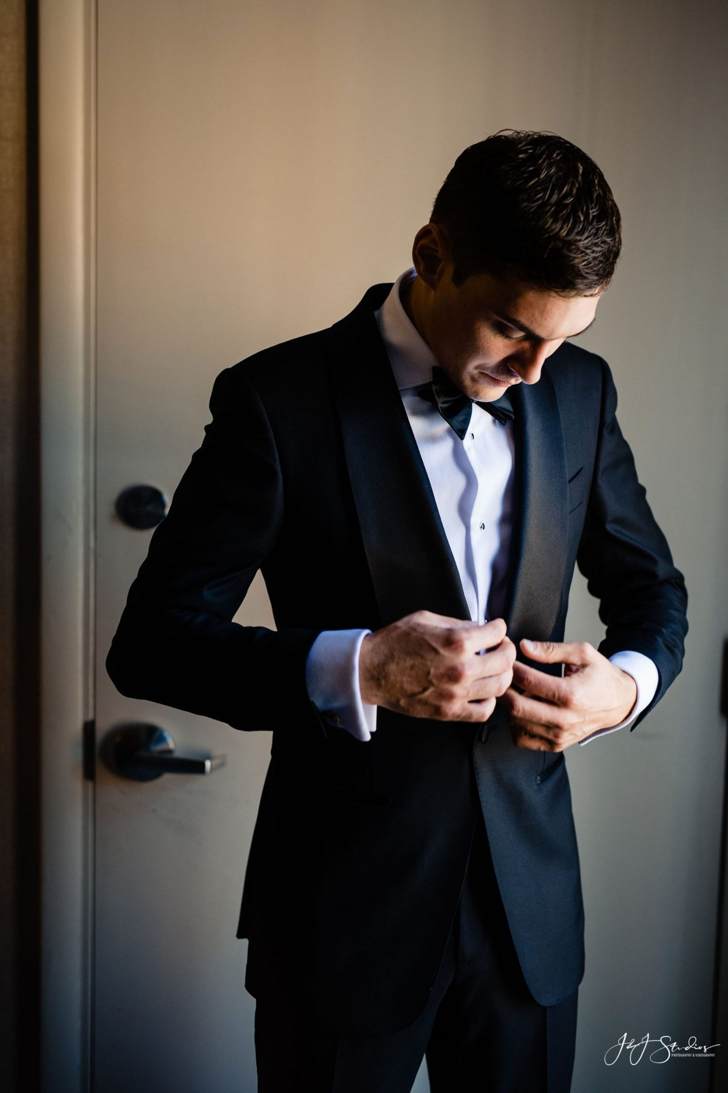 fixing black and white tux