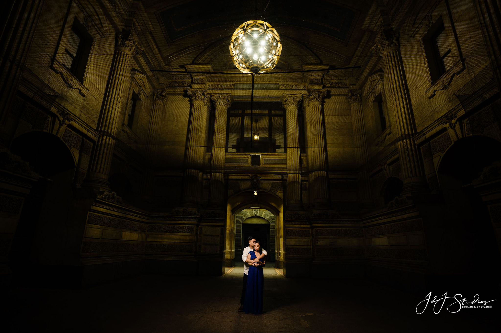 dramatic philly wedding photography