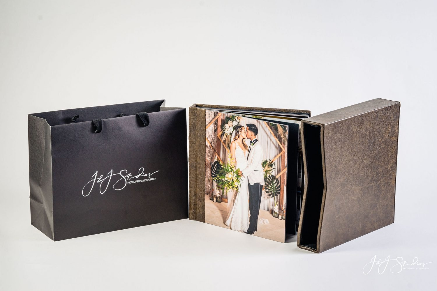 custom luxury photo album