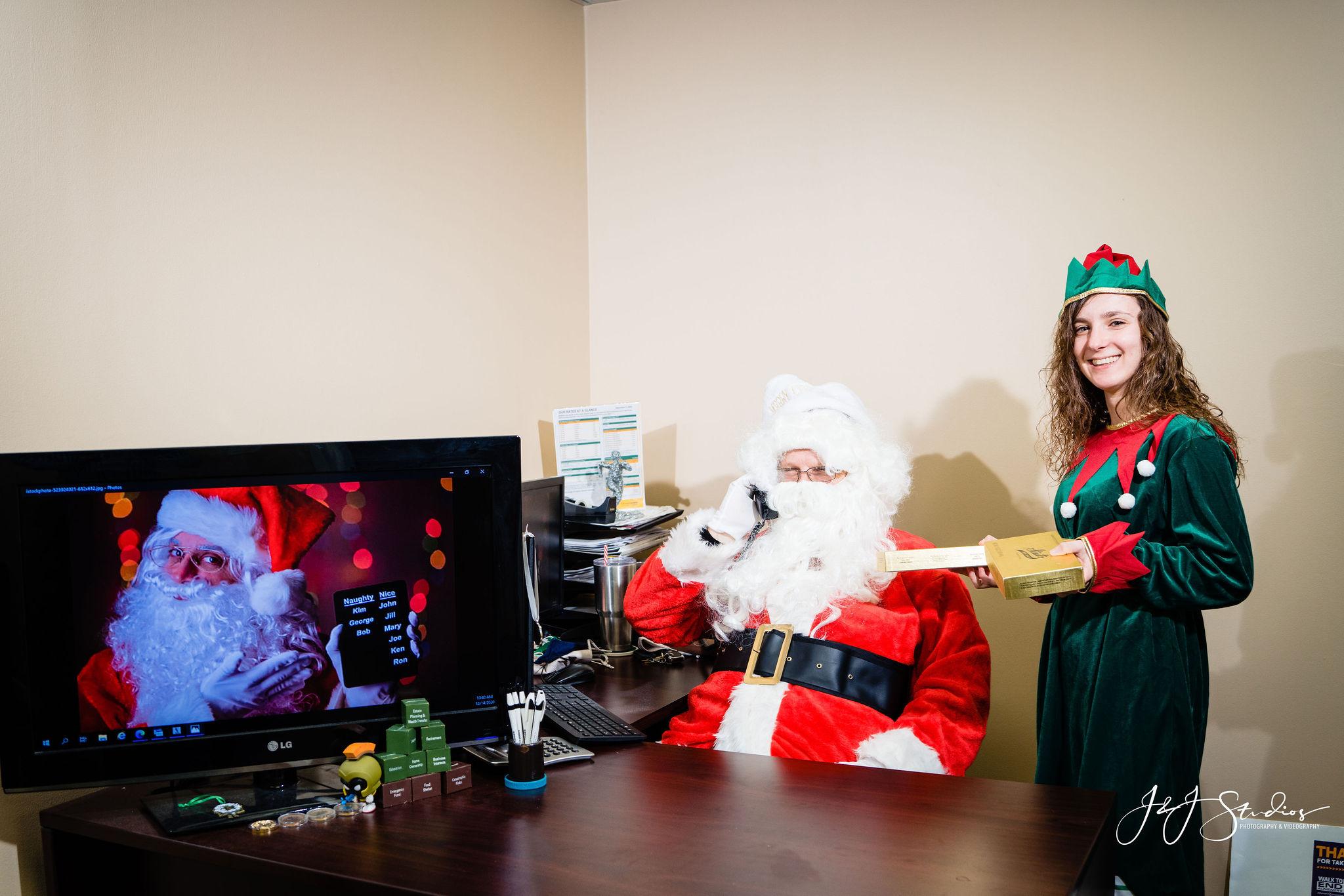 Philadelphia Corporate holiday portraits
