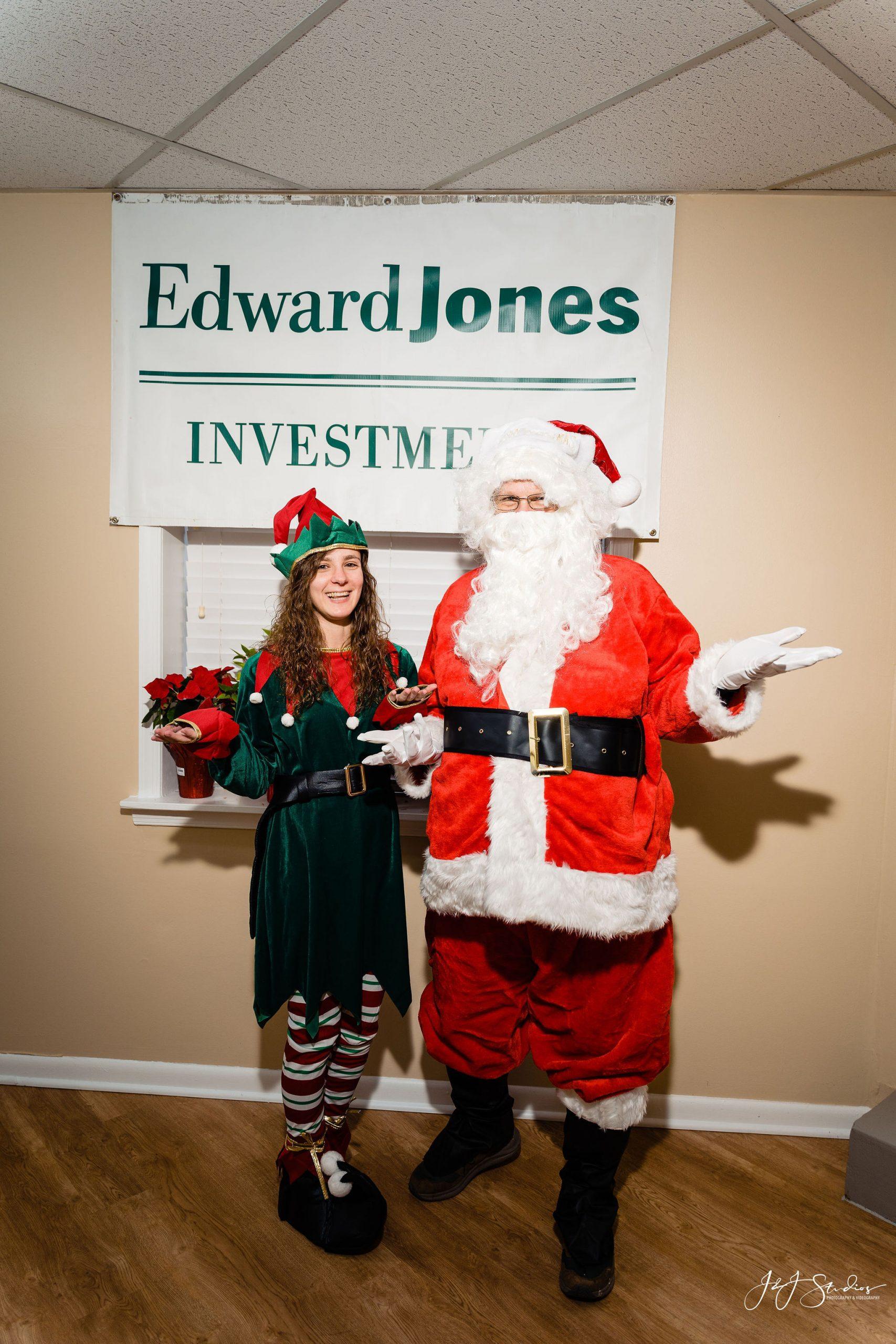 Edward Jones Christmas session Philadelphia Corporate holiday portraits
