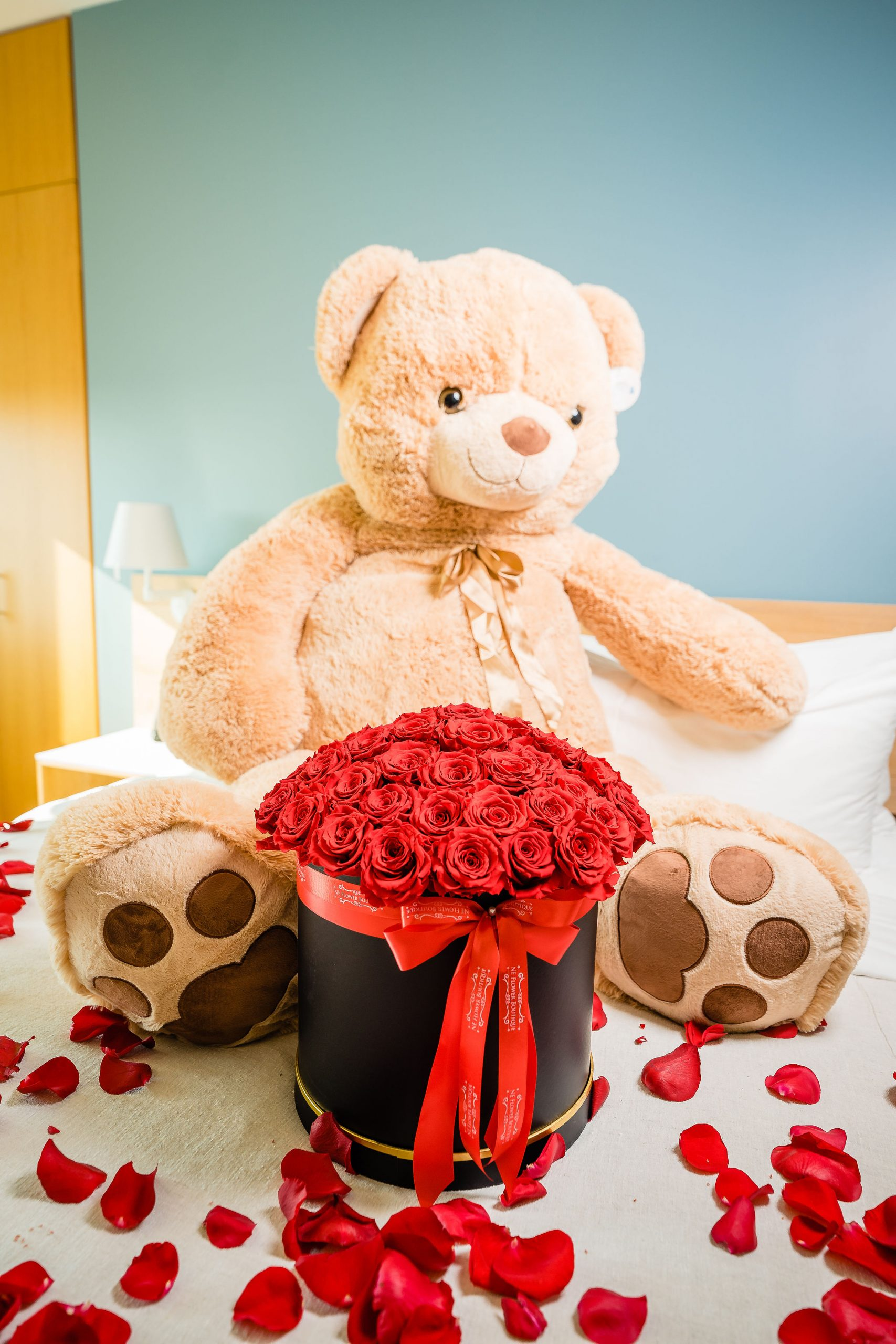 Teddy bear with roses flower boutique styled shoot
