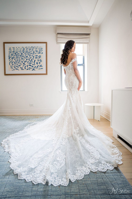 bride portrait wedding photography timeline guidelines