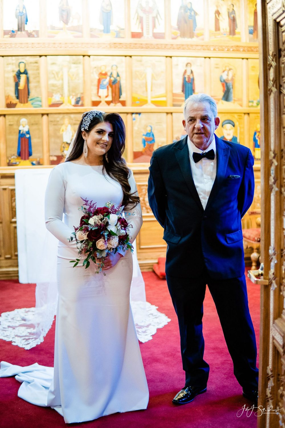 Bride and dad at  Orthodox Wedding Session