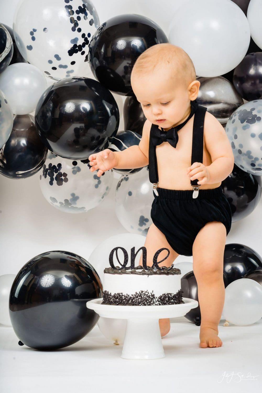 Baby Noey's First Birthday Cake Smash Session