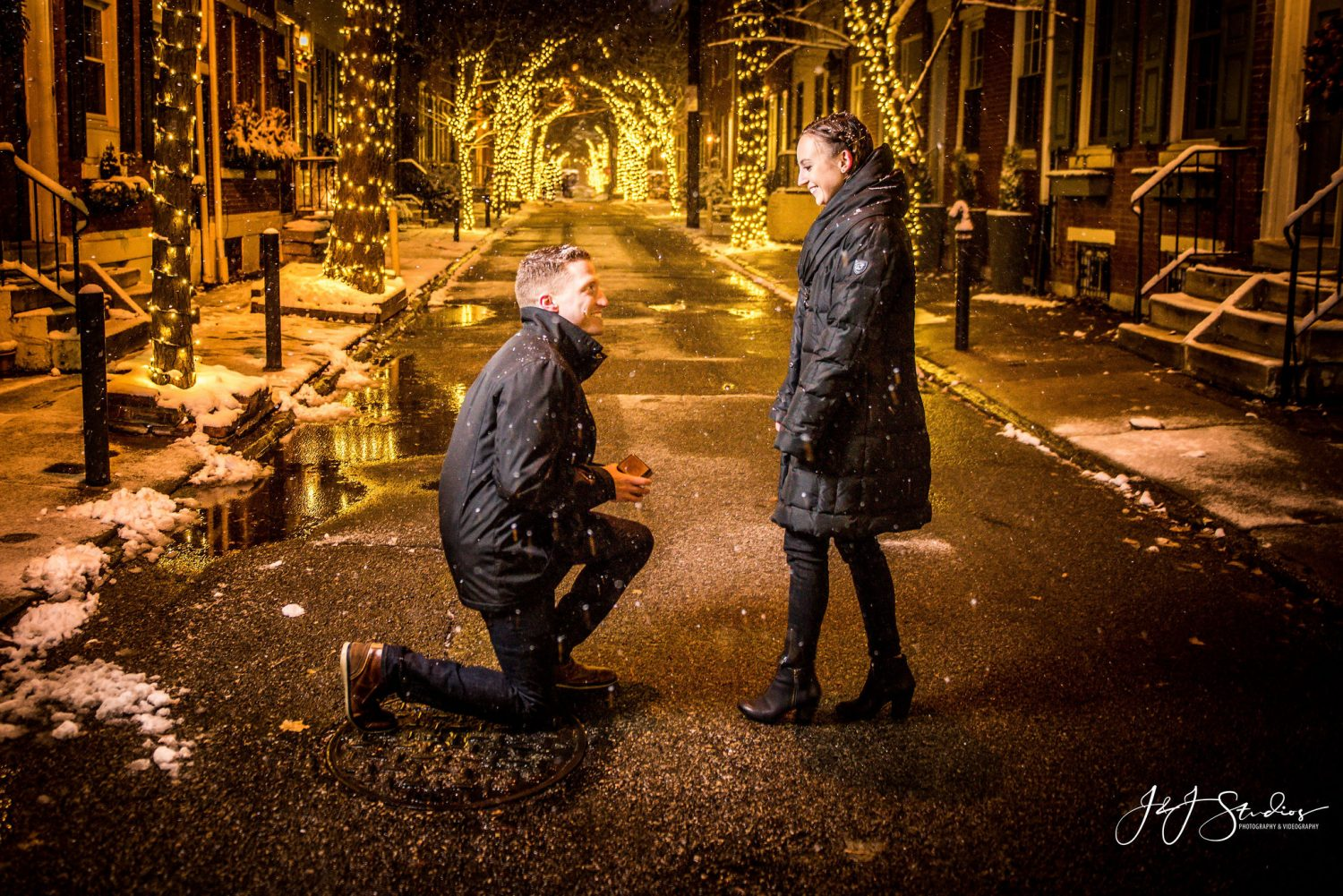 Zach proposing to Cara