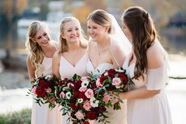 Bridesmaid must have wedding photos