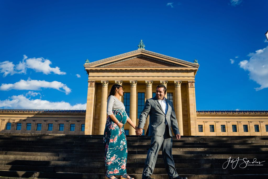 maternity shoot philadelphia museum of art