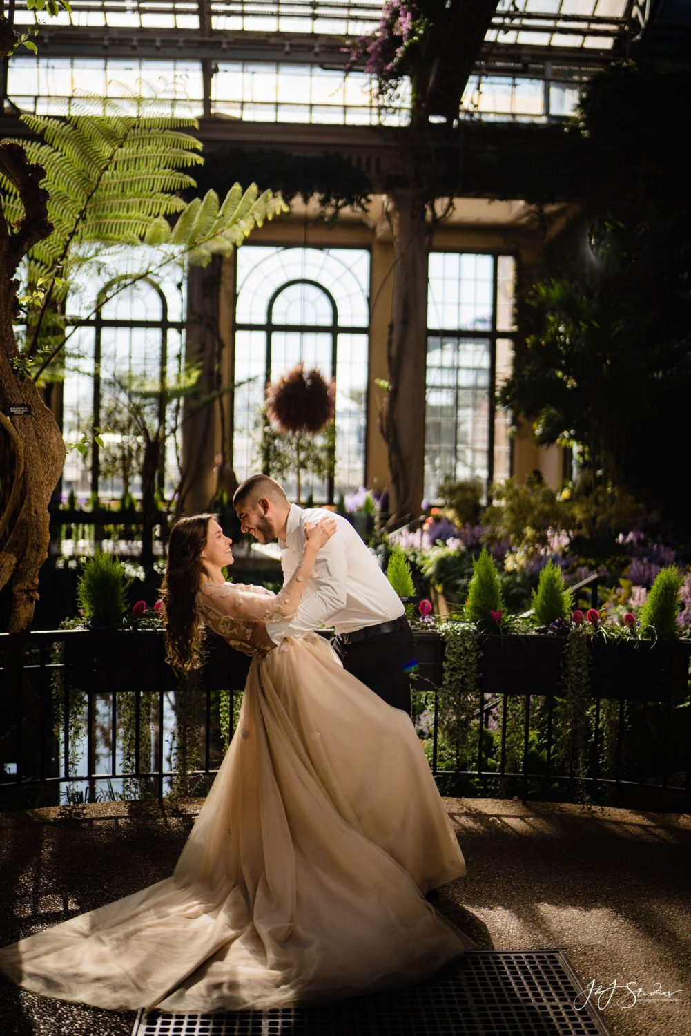 man and woman at longwood gardens