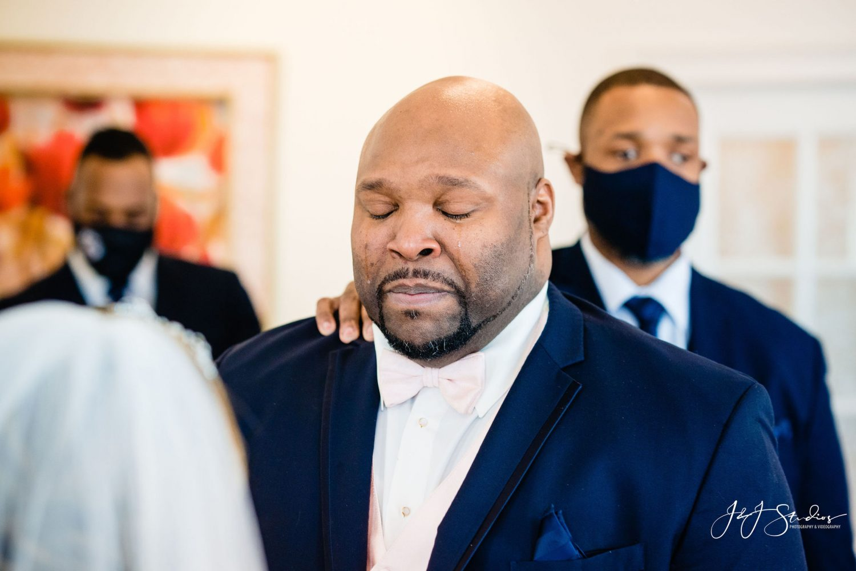 Emotional wedding moment Philadelphia Wedding Chapel