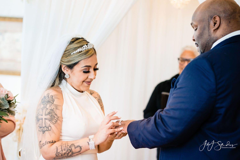 Exchanging wedding rings Philadelphia Wedding Chapel