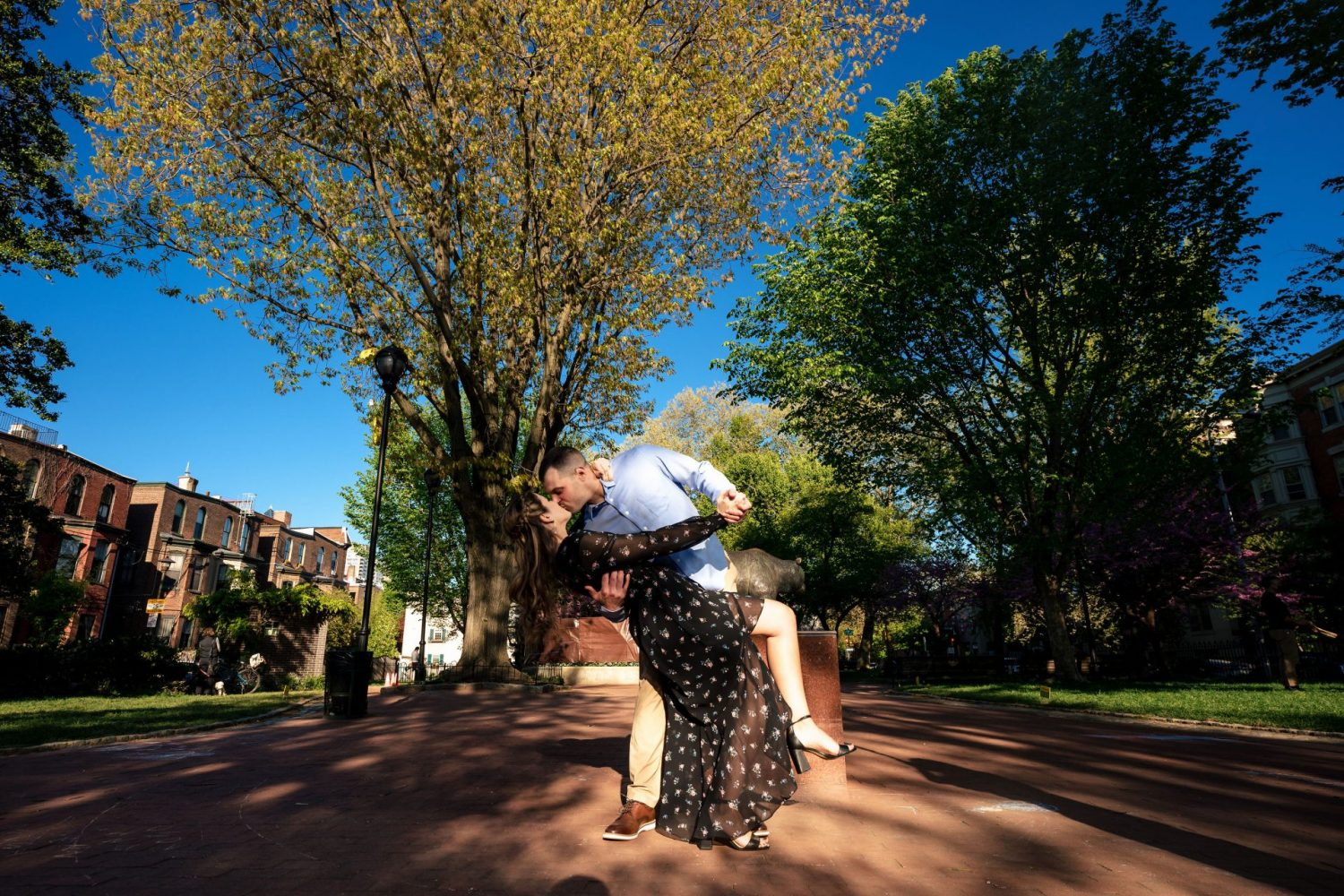 romantic kiss Philly engagement session