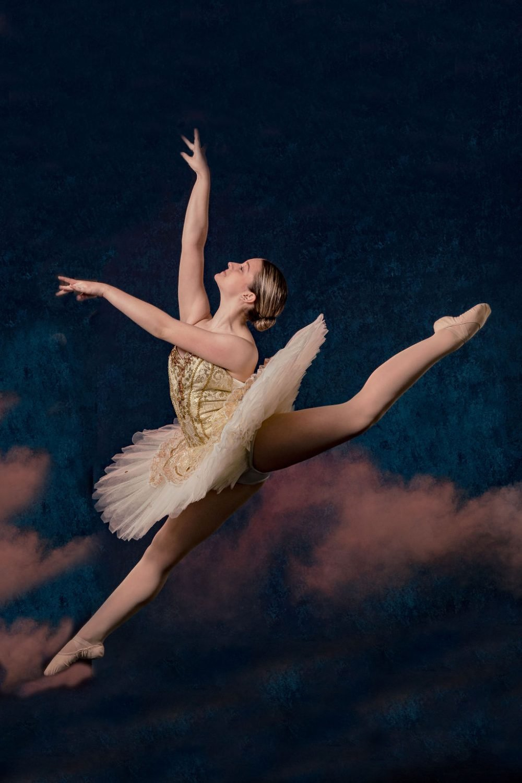 Philadelphia Dance Photographer captures dancer at Juli Kell's Dance Center