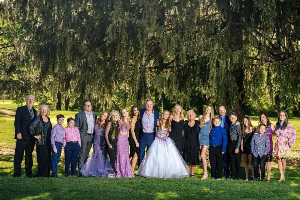 large group of family members at ramblewood country club bat mitzvah