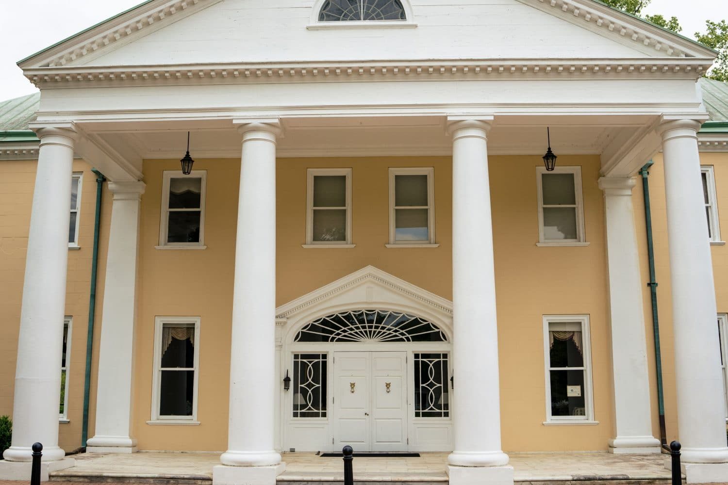 Front view of the Bellevue Hall Venue Bellevue Hall Shot by John Ryan