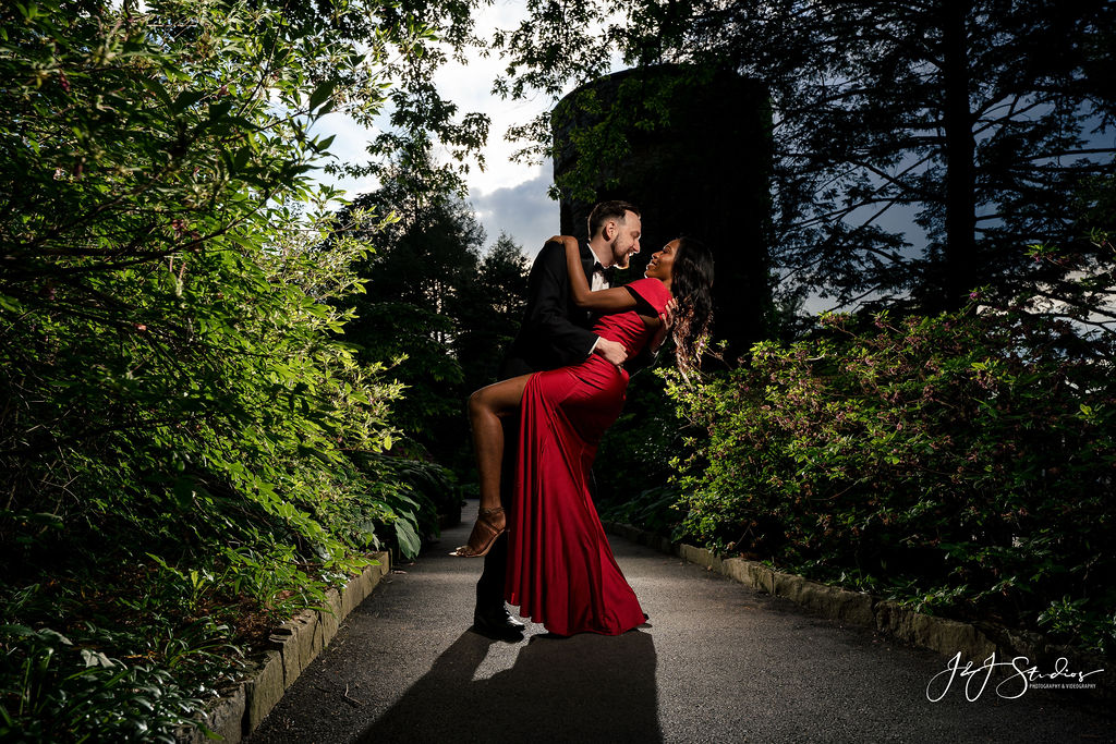 Couple posing at Longwood Gardens