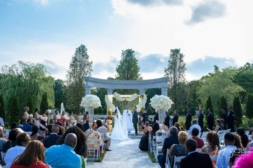 mansion on main street wedding ceremony