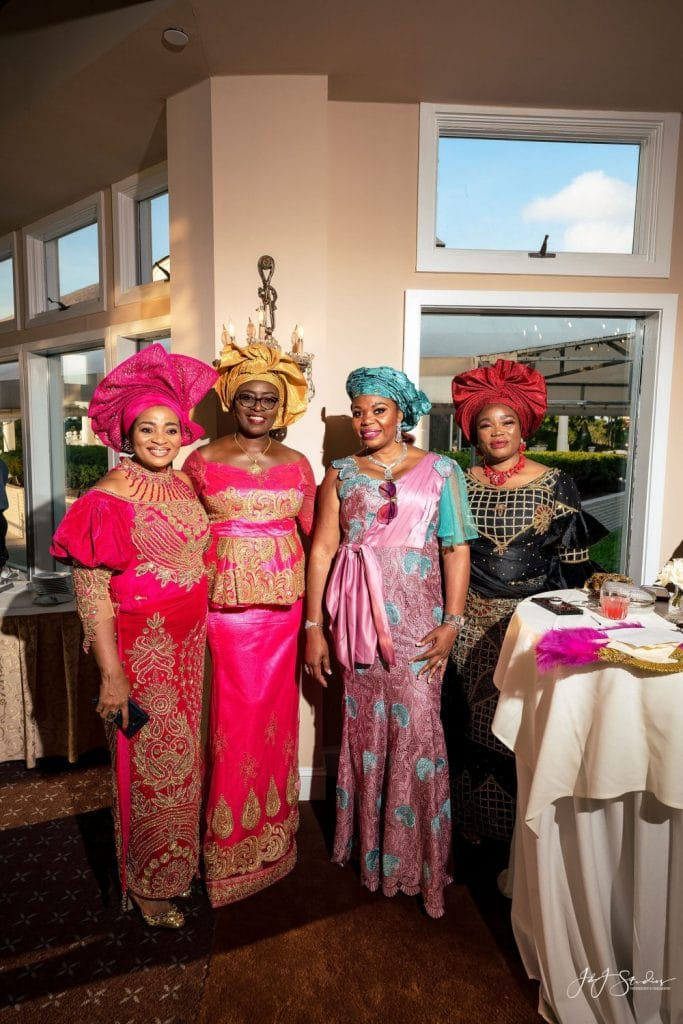 women in traditional Nigerian clothing wedding