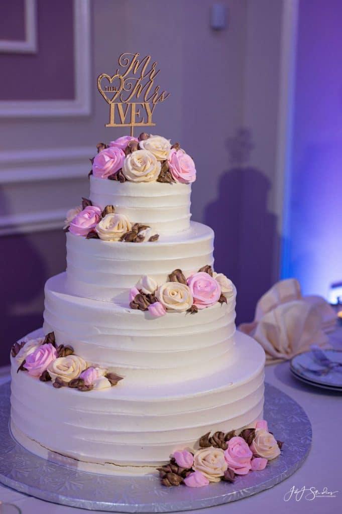 mansion main street wedding cake