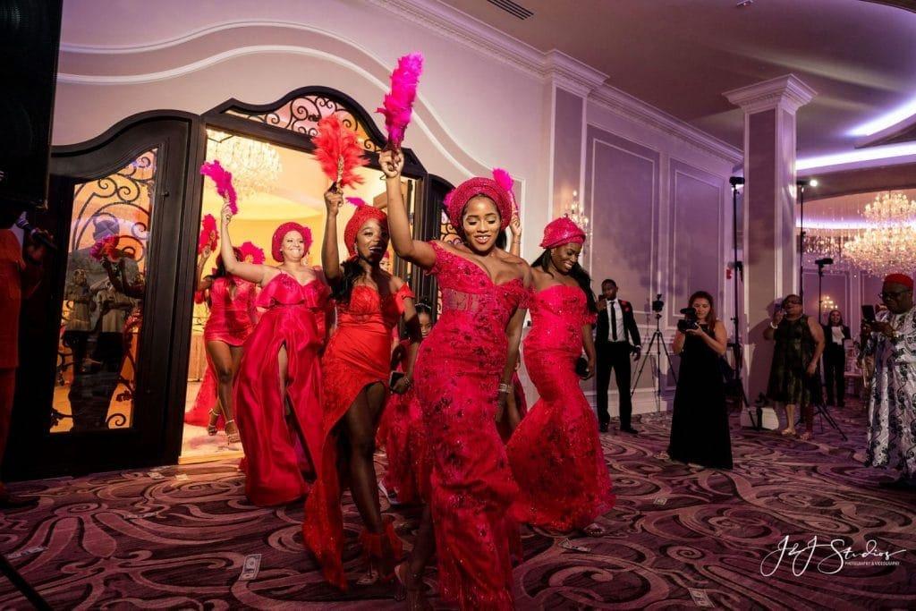 wedding traditional Nigerian clothing fans