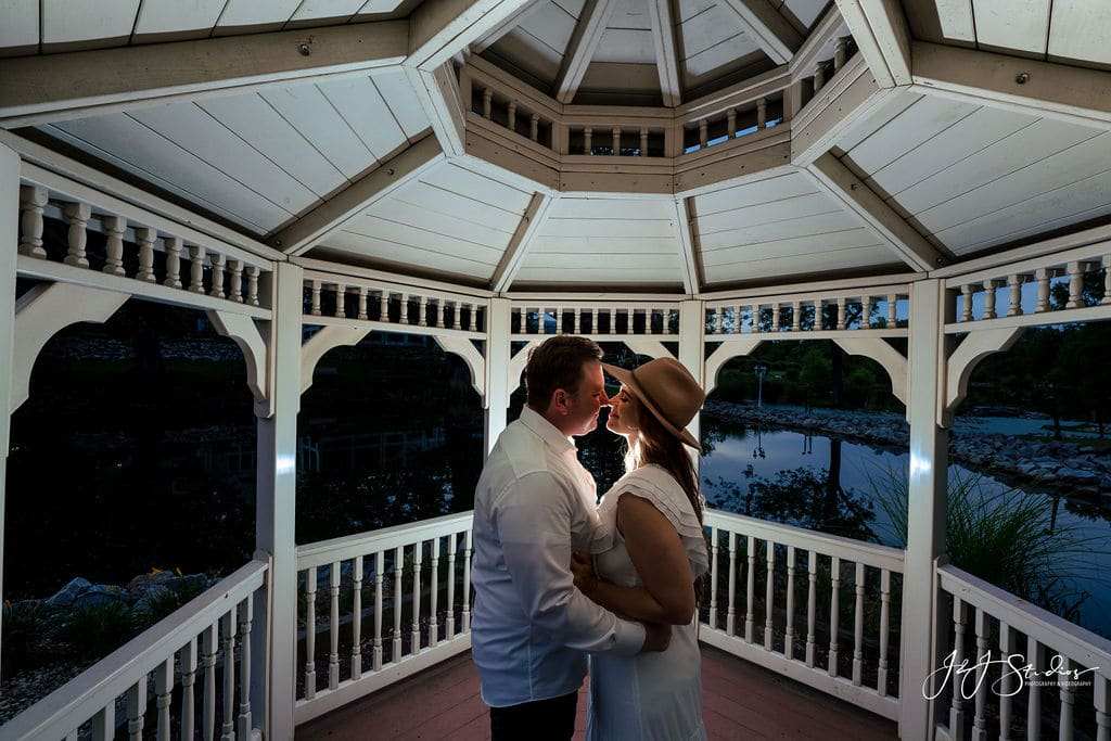 Manor House at Prophecy Creek session by J&J Studios