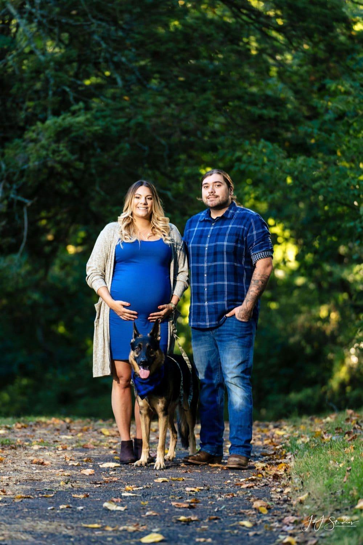 Hunting Hill Mansion Maternity Shot By John Ryan